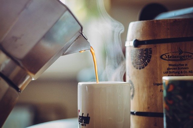 COFFEE CAN REDUCE RISK OF DEMENTIA